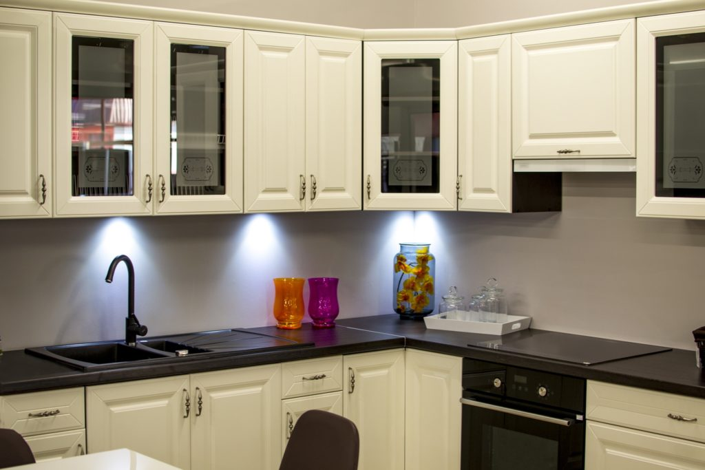 White Kitchen by UpgradeCabinets
